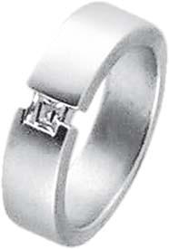 Zirkoniaring. Ring mit wunderschön funkelndem weißen Zirkoniastein aus echtem Silber Sterlingsilber 925/- im mit gleichbleibender Ringschiene. Die Oberfläche ist rhodiniert (Weißgoldlook) und mattiert. Ringkopfbreite ca. 22 mm, Breite ca. 5 mm, Stärke ca.