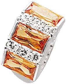 Silberring. Ring in verschiedenen Größen mit 6 funkelnden, weißen und 3 champagnerfarbenen Zirkonia, fein eingearbeitet in echtem 925/- Silber Sterlingsilber, mit nach unten verjüngenden Ringschiene, Ringkopfbreite ca. 20x11mm, Breite ca. 2,8mm, rhodinier