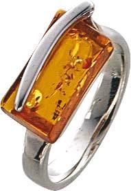 BernsteinSilberring mit Bernstein in verschiedenen Größen. Ring mit echtem, wunderschönen braunen Bernstein, fein eingearbeitet in echtem 925/- Silber Sterlingsilber, poliert und rhodiniert. Durchmesser Stein ca. 13,1×6,6 mm, Breite ca. 3,4 mm, Stärke 1,2